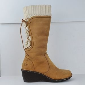 Ugg Skylar Wedge Boot S/N 1939 Tan Nubuck Leather